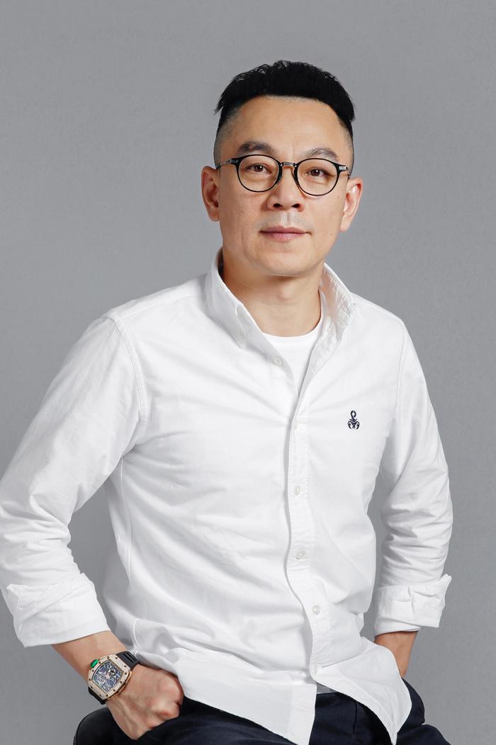 """""""亚博体育下载app集团创始人"""""""